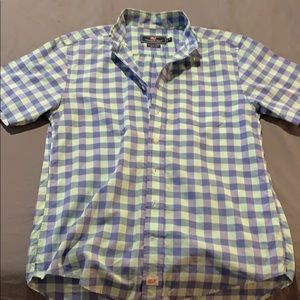 Vineyard Vines shortsleeved shirt